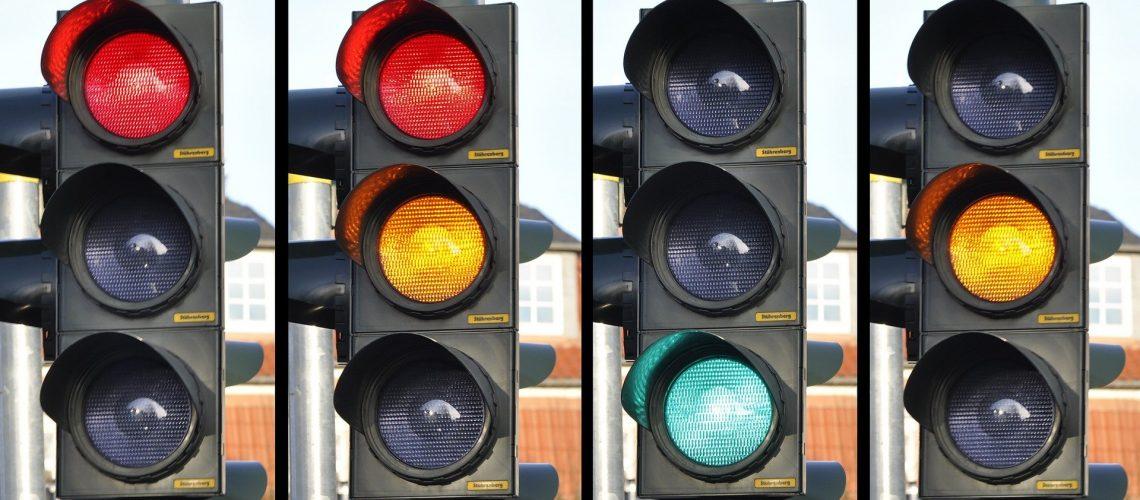traffic-light-876056_1920